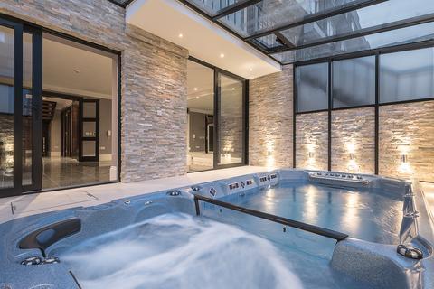 4 bedroom townhouse to rent - London  W1U