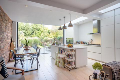 3 bedroom flat for sale - Gondar Gardens, West Hampstead