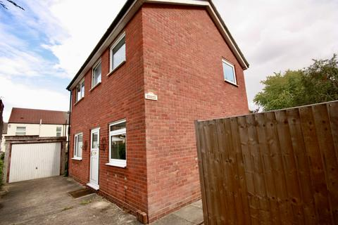 2 bedroom terraced house to rent - Naam Grove, Lincoln, Lincolnshire, LN1