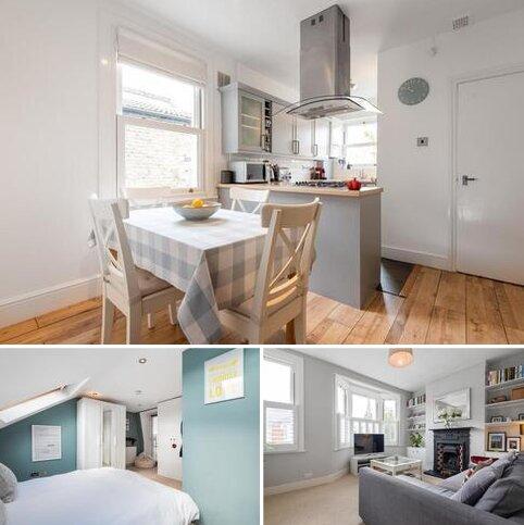 2 bedroom flat for sale - Steerforth Street, Earlsfield