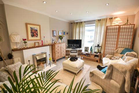 2 bedroom flat for sale - Carlyon Close, Exeter, EX1 3AZ