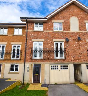 4 bedroom terraced house for sale - Eyre Court, Bramley, Rotherham, S66