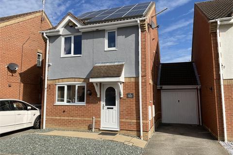 3 bedroom house for sale - Hayside Avenue, Balderton, Newark, Nottinghamshire. NG24 3GB