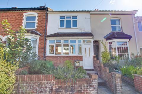 3 bedroom terraced house for sale - Church Road, Woolston