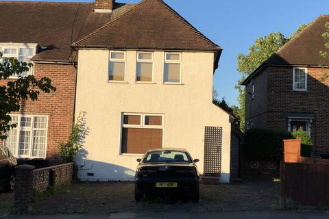 2 bedroom end of terrace house to rent - Greenford Avenue, London, W7