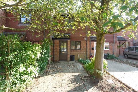 2 bedroom terraced house for sale - Cross Keys Close, Sevenoaks, TN13