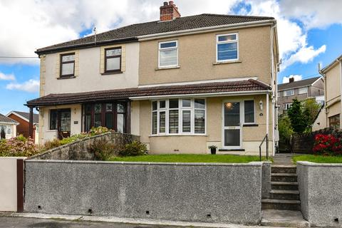 3 bedroom semi-detached house for sale - Woodland Park, Glynneath, Neath, Neath Port Talbot.