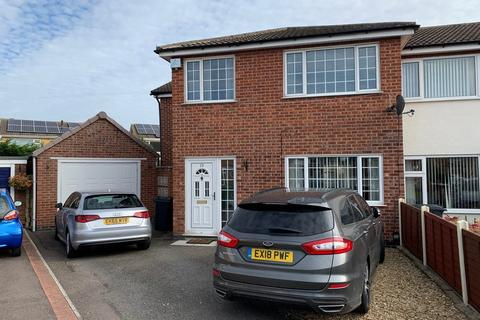 3 bedroom semi-detached house for sale - LOXLEY DRIVE, MELTON MOWBRAY