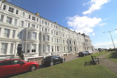 2 bedroom apartment for sale - Howard Square, Lower Meads, Eastbourne BN21