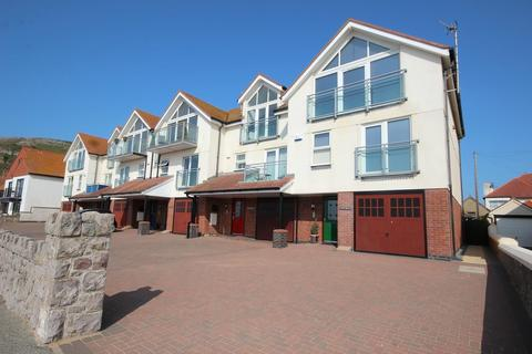 3 bedroom townhouse for sale - West Parade, West Shore, Llandudno LL30
