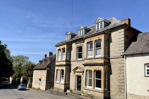 6 bedroom townhouse for sale - Kineton
