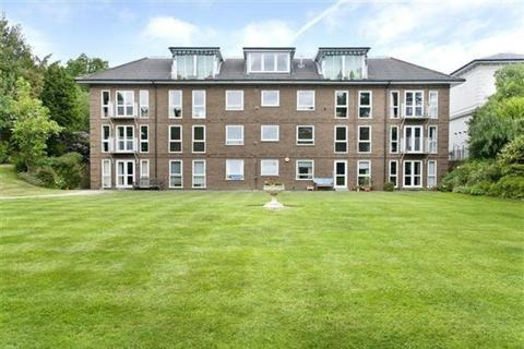 3 bedroom apartment to rent - Calverley Park Gardens, Tunbridge Wells