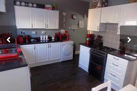 2 bedroom terraced house to rent - Richmond Road, Blackpool, Lancashire FY1