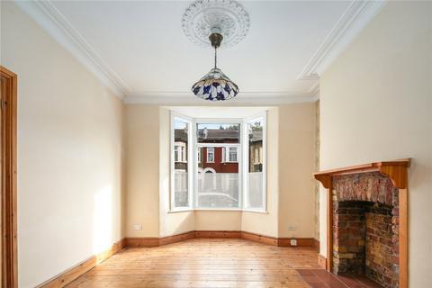 3 bedroom terraced house to rent - Liddington Road, Stratford, London, E15