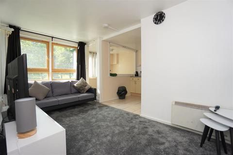 1 bedroom flat for sale - Exeter Drive, Broomhall, Sheffield, S3 7UE