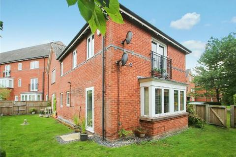 2 bedroom apartment for sale - Thurcaston Road, West Timperley, Altrincham
