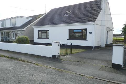 3 bedroom detached bungalow for sale - Brickhurst Park, Johnston, Haverfordwest