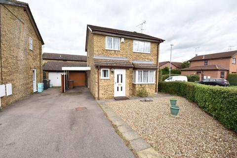 3 bedroom detached house for sale - Kirby Drive, Luton