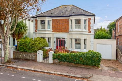 5 bedroom detached house for sale - Winchester Road, Worthing