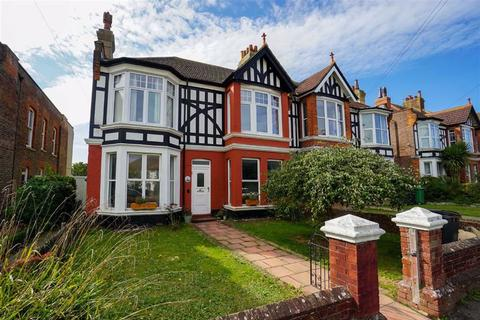 3 bedroom maisonette for sale - Priory Avenue, Hastings, East Sussex