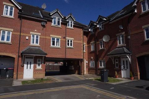 2 bedroom apartment to rent - Regents Court, Eccles, Manchester