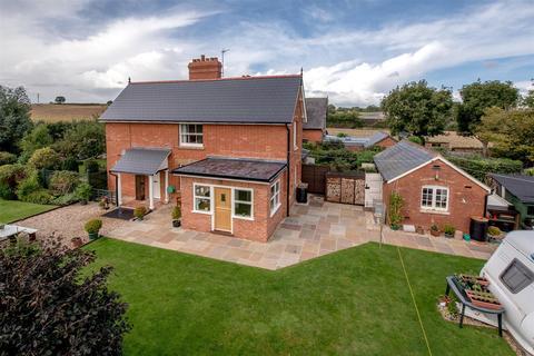 3 bedroom semi-detached house for sale - Orchard Portman, Taunton