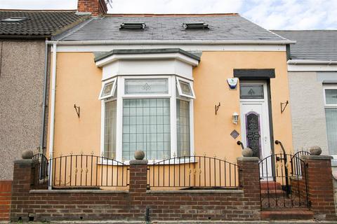 2 bedroom house - Greta Terrace, Sunderland