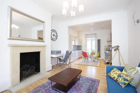 2 bedroom flat for sale - Peckham Road, Camberwell, SE5