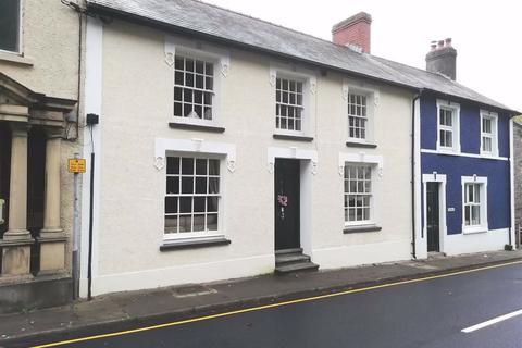 4 bedroom terraced house for sale - Bridge Street, Llandysul