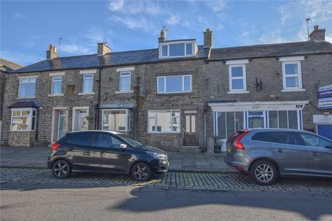 3 bedroom terraced house for sale - Market Place, Middleton-in-Teesdale, Barnard Castle, Durham, DL12