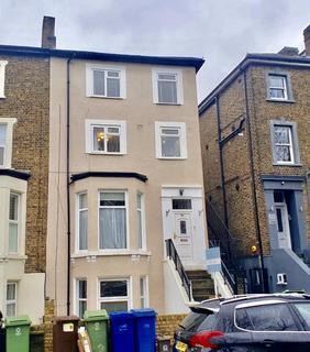 2 bedroom flat for sale - Lordship Lane, London, SE22