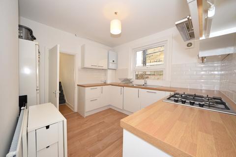 4 bedroom house to rent - Lochline Street , London , W6