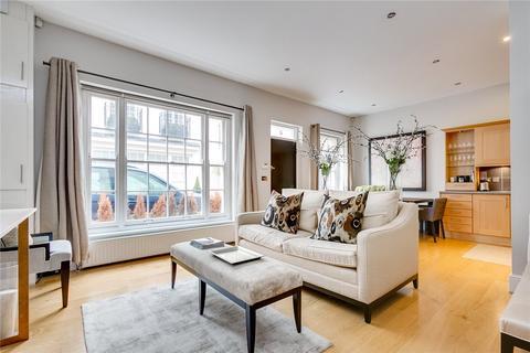 3 bedroom mews to rent - Eaton Mews North, Belgravia, London