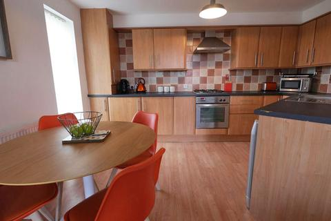 2 bedroom apartment to rent - Park View, Mossley Road, Ashton-Under-Lyne OL6