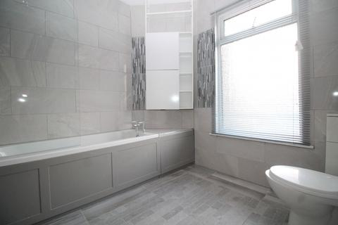 3 bedroom house to rent - Ripley Road, Ilford, IG3