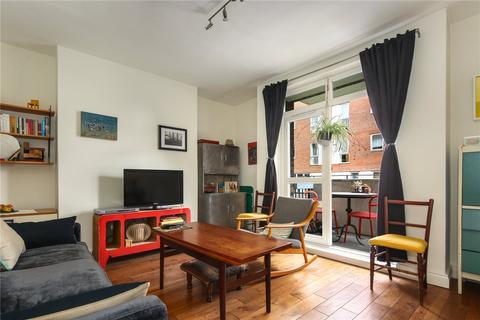 2 bedroom flat for sale - Fieldwick House, Retreat Place, London, E9