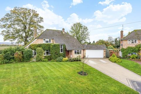 3 bedroom detached house for sale - Aylesbury,  Buckinghamshire,  HP17