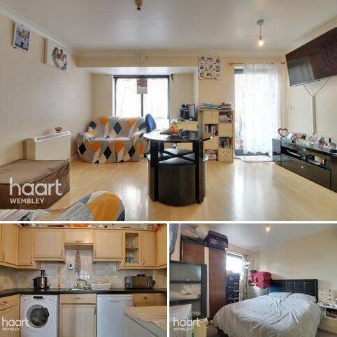 2 bedroom apartment for sale - Hirst Crescent, Wembley