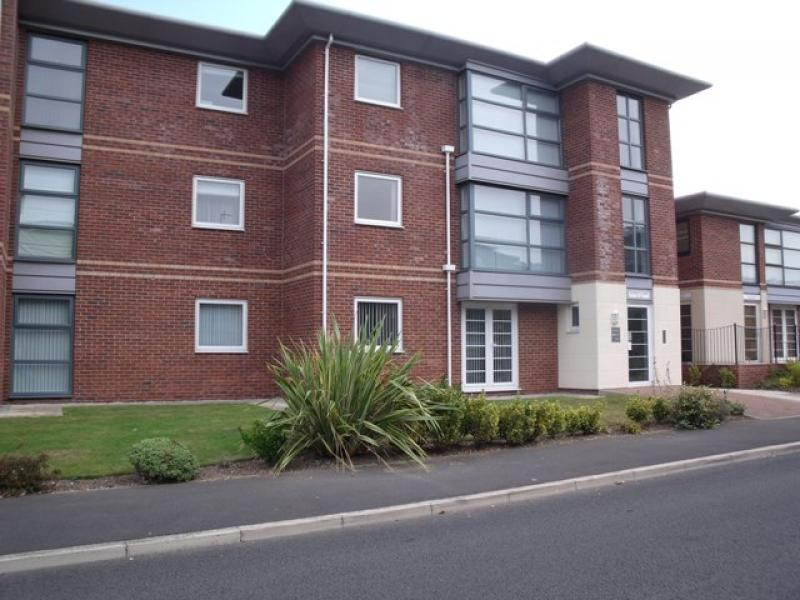 2 Bedrooms Apartment Flat for sale in Elizabeth Court, King Edward Avenue, Lytham St Annes, FY8