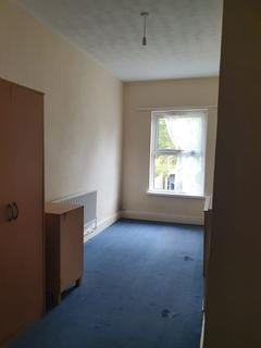 3 bedroom terraced house to rent - Ridgway Road, Luton, Bedfordshire, LU2