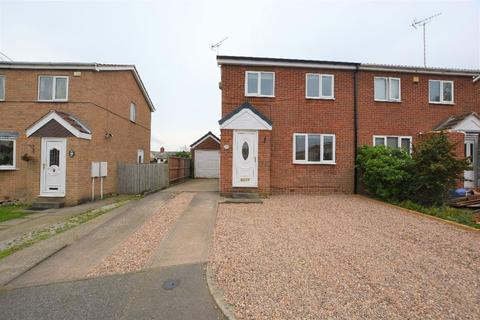 3 bedroom semi-detached house to rent - Gateford Glade, Worksop