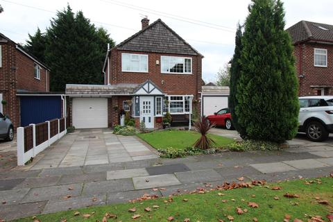 4 bedroom detached house for sale - Blackcarr Road, Manchester, M23 1PN
