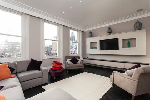 4 bedroom apartment to rent - Phillimore Gardens, Kensington