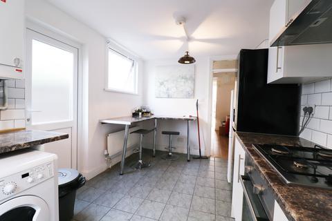 1 bedroom house share to rent - Oban Street, Poplar, London E14