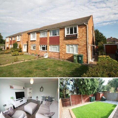 2 bedroom maisonette for sale - Catherine Drive, Sunbury-On-Thames, TW16