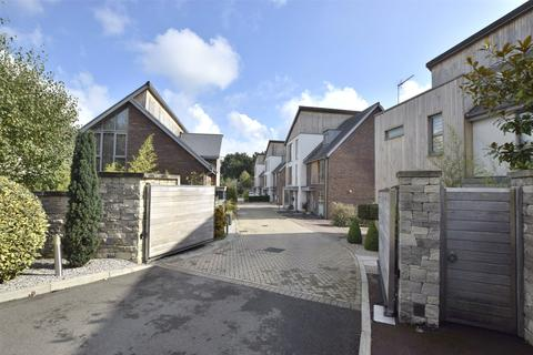 4 bedroom semi-detached house for sale - Timbercombe Gate, Cheltenham, Gloucestershire, GL53