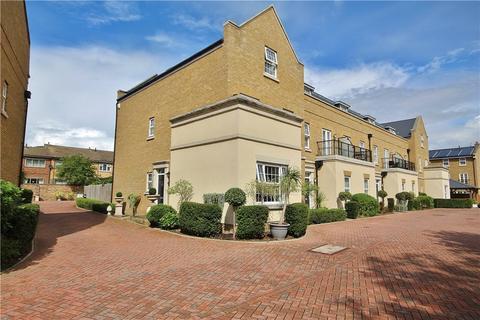 4 bedroom end of terrace house for sale - Lendy Place, Sunbury-on-Thames, Surrey, TW16