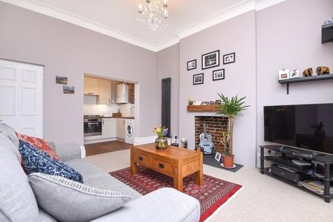 2 bedroom flat to rent - Tierney Road London SW2