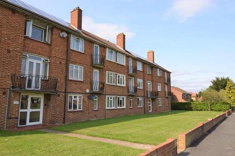 1 bedroom flat to rent - Grenville Close, Burnham, SL1