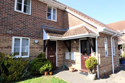 2 bedroom flat for sale - Park Road, Poole